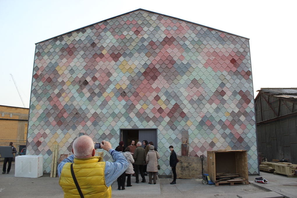 As part of the collaboration, Stille Straße group visit Assemble's Sugarhouse Studios in London.