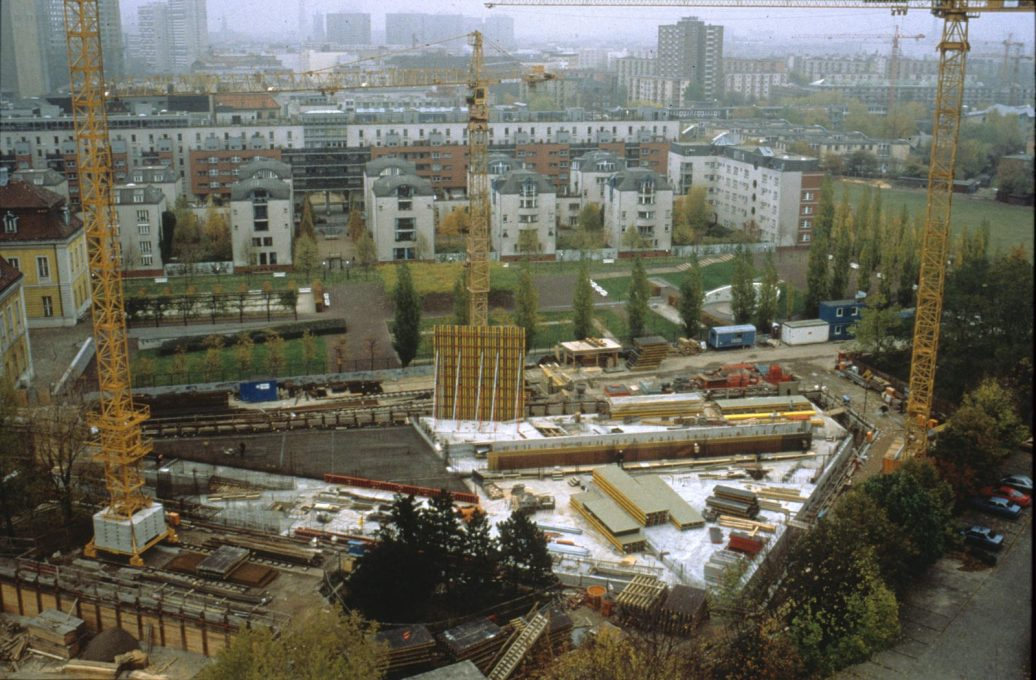 Building work underway in 1989. (Photo courtesy Studio Libeskind)