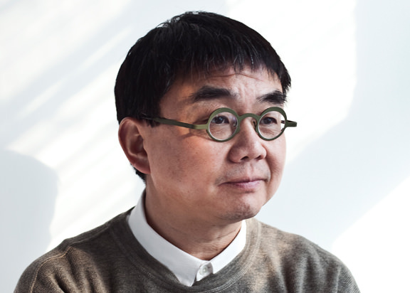 Former Head of Department of Architecture at MIT, Yung Ho Chang has also held chairs at Harvard Graduate School of Design and University of Michigan and was Founding Head of the Graduate Center of Architecture at Peking University. (Photo © FCJZ)&