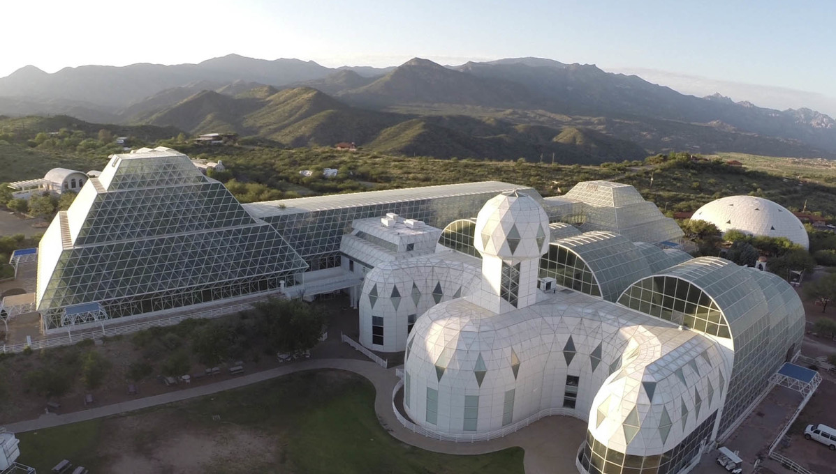 "...and Habitat, the ""Islamic-looking"" structure in the foreground, designed for humans and kitted out with a library in its tower. (Courtesy CDO Venture LLP/University of Arizona Biosphere 2)"