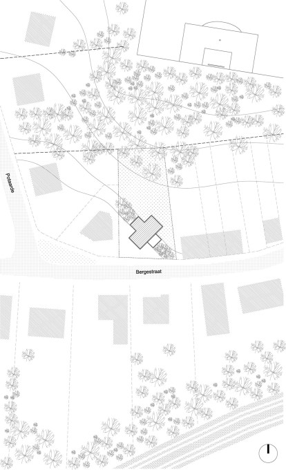 Site plan showing how the house's diagonal orientation on its plot contrasts with the established relationships and orientation of the surrounding suburban neighbourhood. (Image: BLAF Architects)