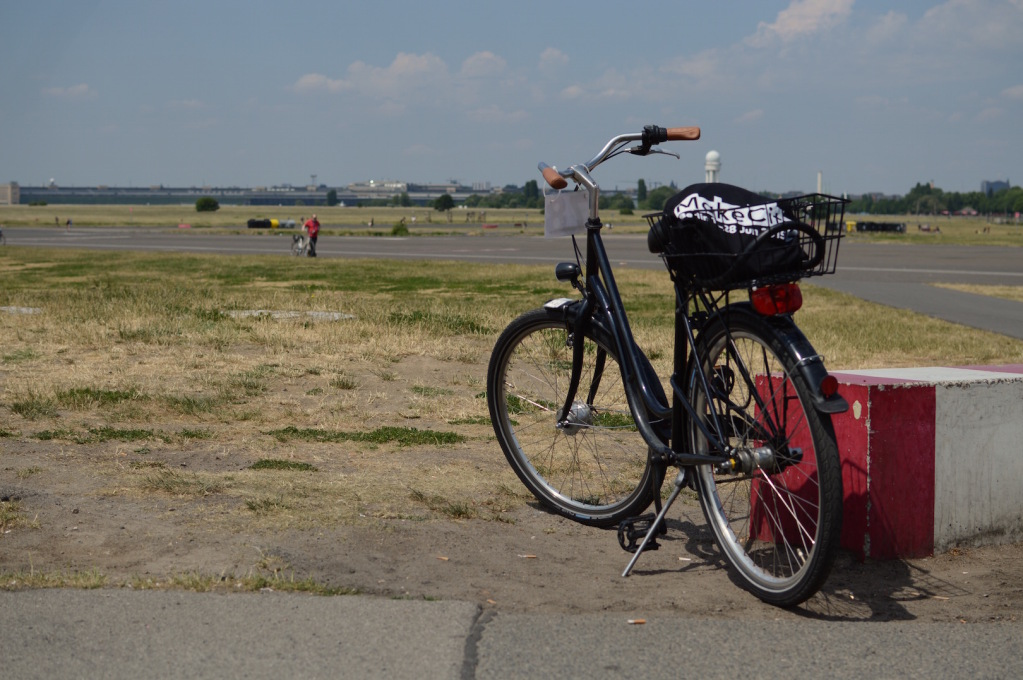 During the first week, participants took to the runways of the former Tempelhof airfield by bike... (Photo: Fiona Shipwright)