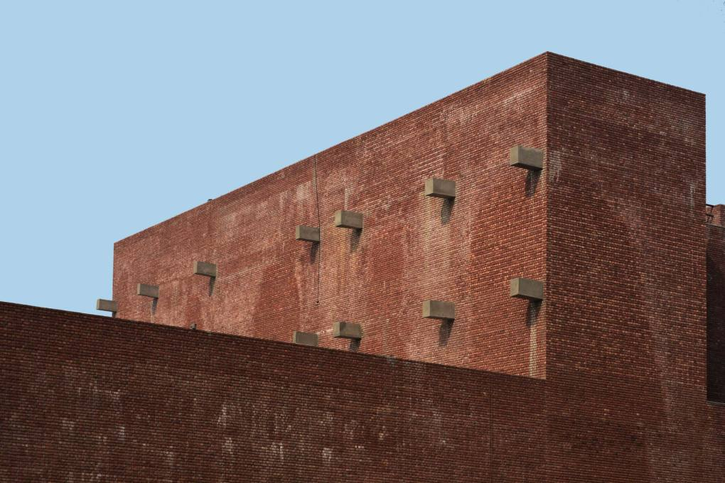 Amit Khanna designed this almost fully automated warehouse on the outskirts of New Delhi. (Photo: AKDA)