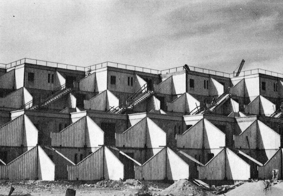 The housing complex rejected the arched windows and introspective typologies of Old Jerusalem... (Image courtesy Arieh Sharon office)