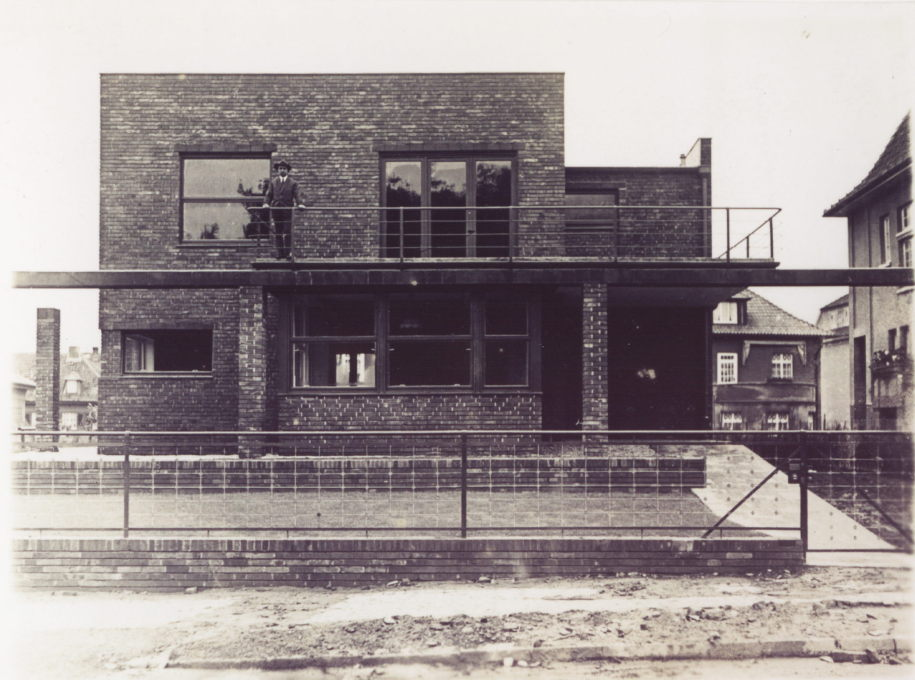 Brothers Rasch: The Ernst Rasch House, Bad Oeynhausen, 1926/27. (© Deutsches Architekturmuseum, Frankfurt am Main)