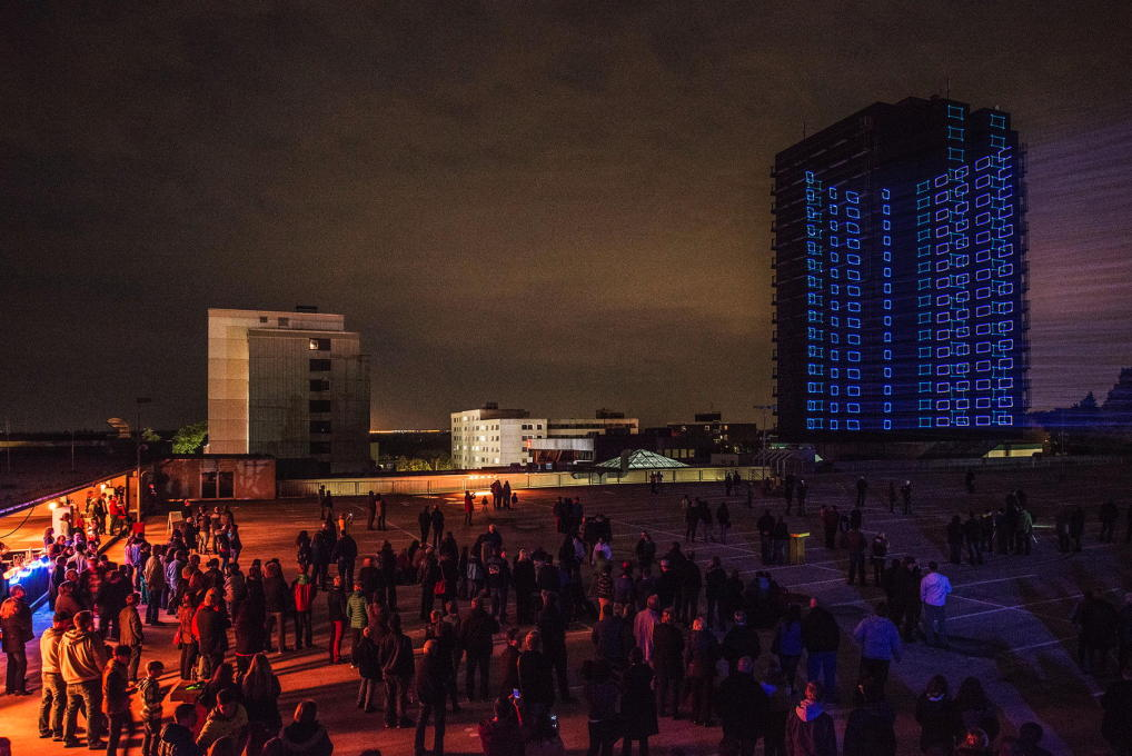 On the eve of its demise in 2014, an impressive laser and audio installation told the story of the Citytower. (Photo: Johannes Marburg)