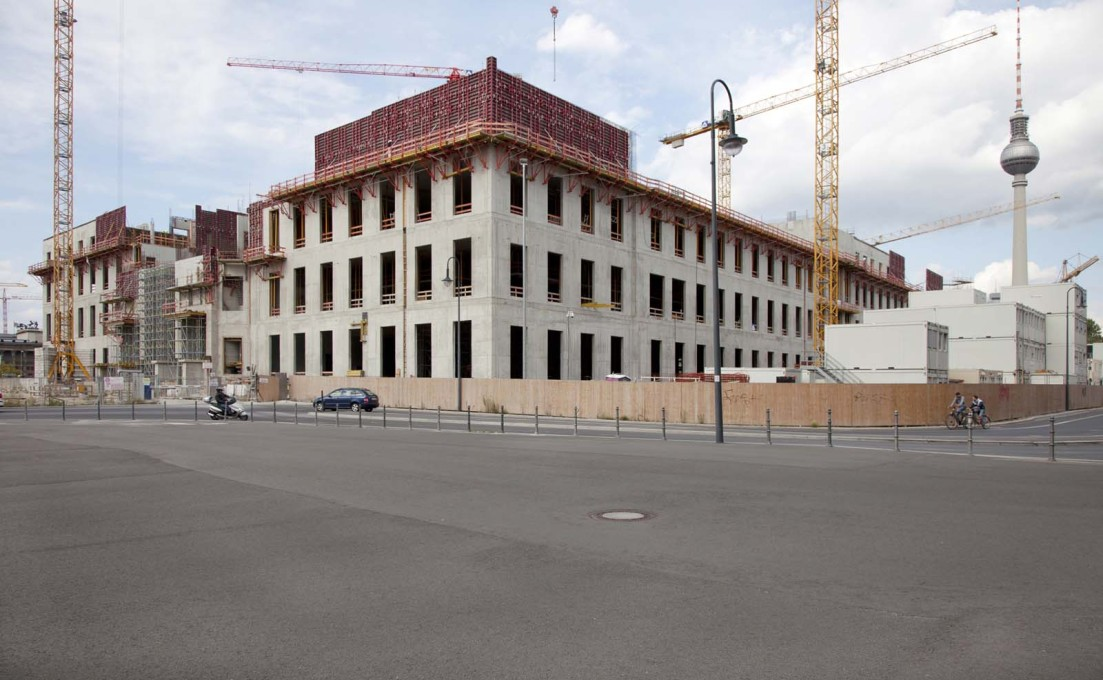 Framing the new Stadtschloss, 2014.