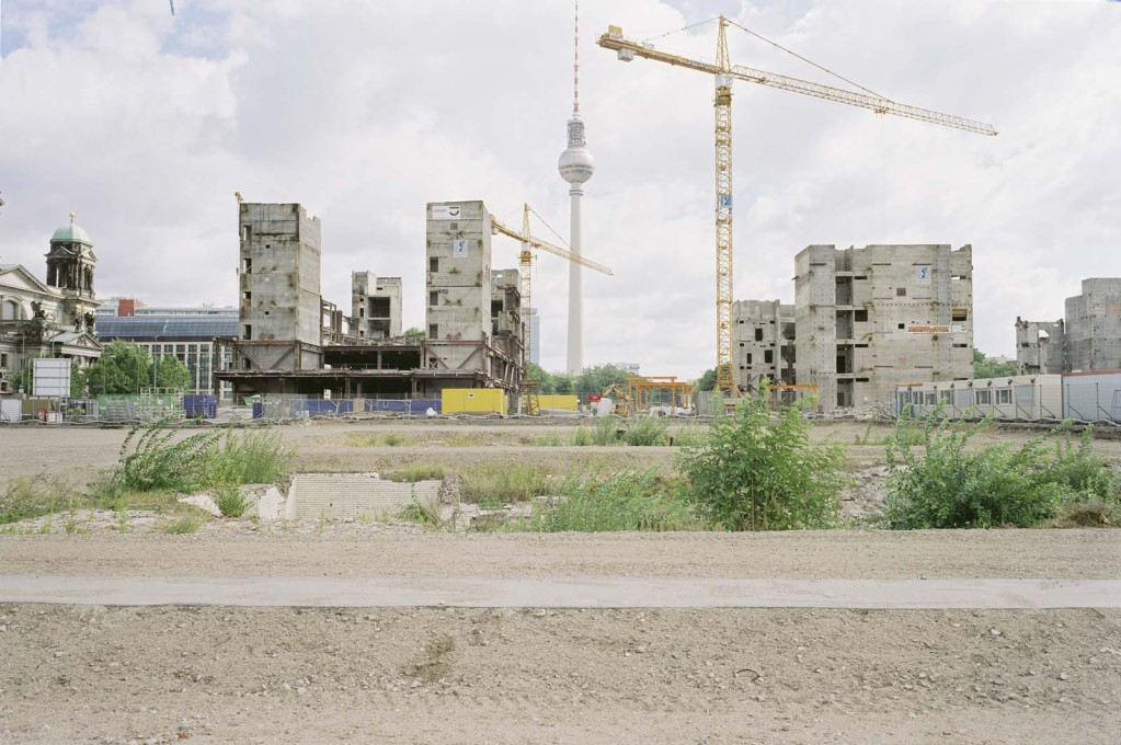 Palast der Republik (Palace of the Republic) demolition, 2009.